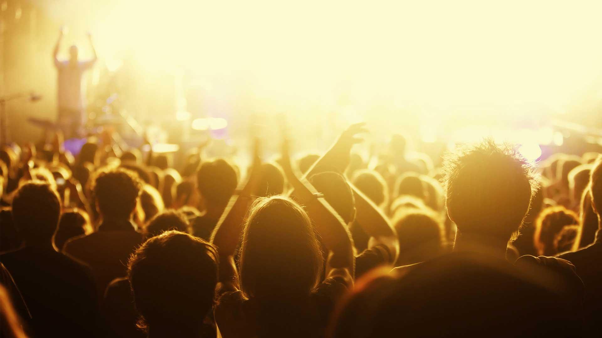 ¿Es correcto escuchar música del mundo?