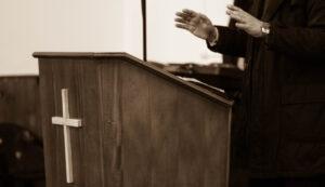 ¿Es correcto que el Predicador no ofenda a nadie desde el púlpito con su sermón